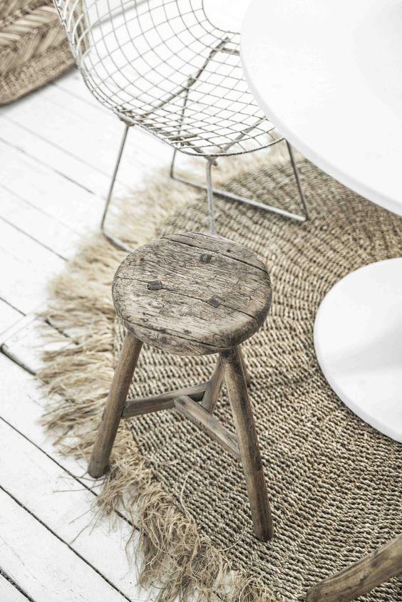 Décoration naturelle tapis raphia tabouret bois décoration bohème
