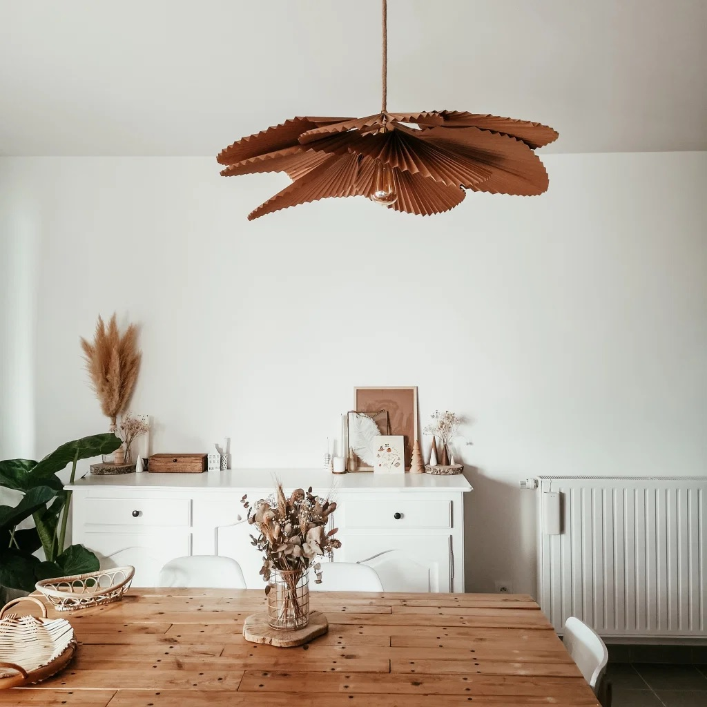DIY suspension luminaire fleurs pétales papier craft origami