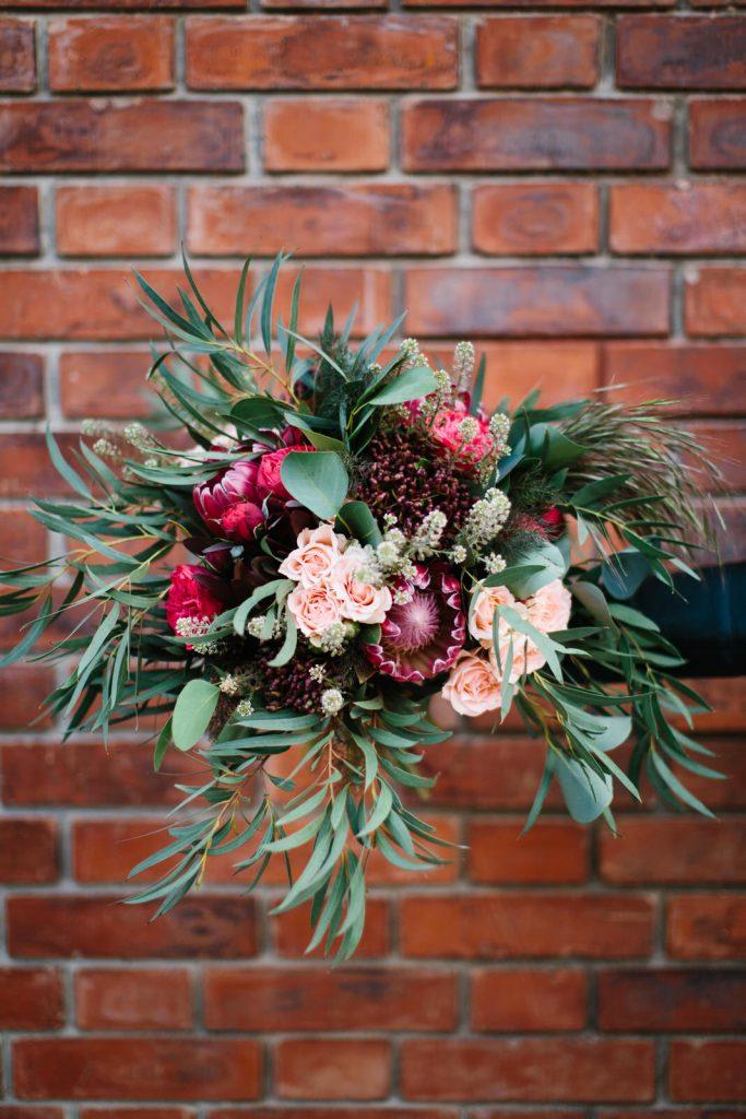 bouquet mariage rock rouge nature bohème